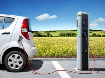 Bloomberg/McKinsey report: Electric vehicles could be standard by 2030
