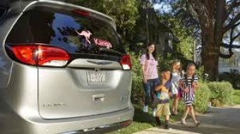 Chrysler and Kango announce first-of-its-kind Family Rideshare Service Partnership